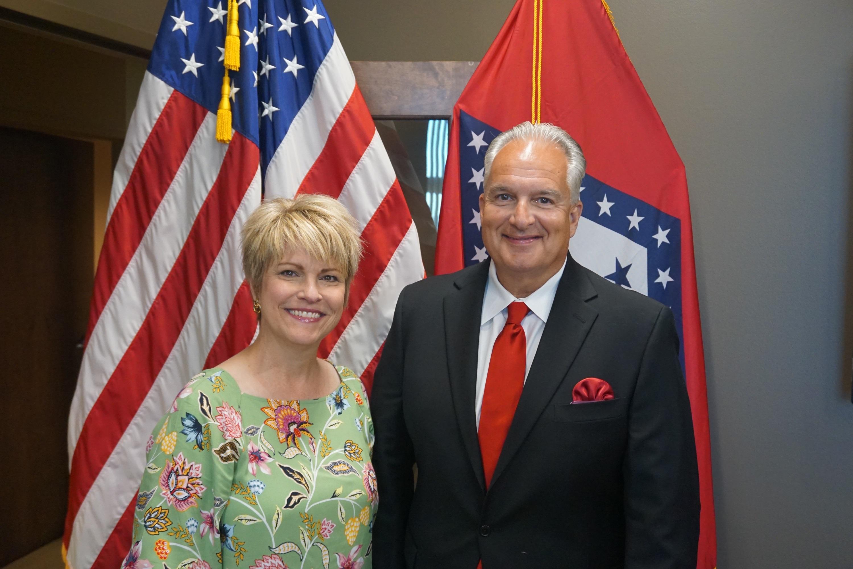 Fran Jansen with Arkansas State Treasurer Dennis Milligan